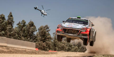 Helicopter versus Rally car: The McDonnell Douglas 520N takes on Hyundai's i20 WRC
