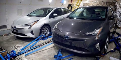 2016 Toyota Prius photographed completely undisguised before debut