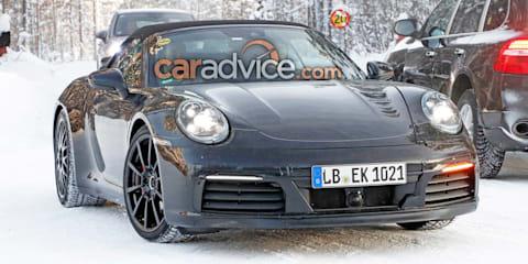 2019 Porsche 911 Cabrio spied with manual