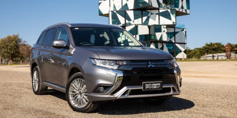 2019 Mitsubishi Outlander PHEV pricing and specs