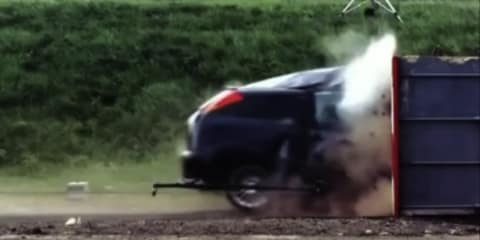 Ford Focus 200km/h crash test: video