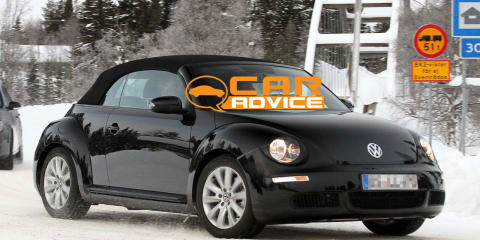 Volkswagen Beetle Convertible spy photos