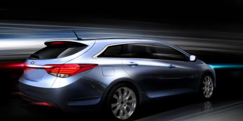 2011 Hyundai i40 revealed further in new sketches