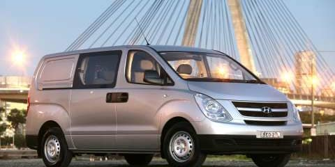 2008 HYUNDAI iLOAD CREW Review