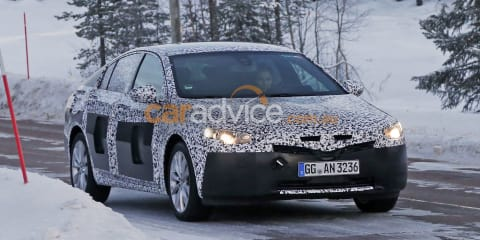 Opel Insignia/2018 Holden Commodore winter testing spy photos