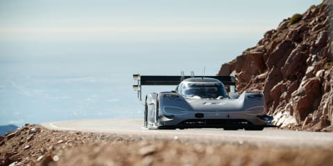 Volkswagen I.D. R's record-breaking Pikes Peak run - onboard video