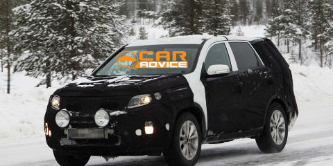 Kia Sorento facelift spy photos