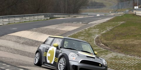 Video: MINI E Race takes on the Nurburgring