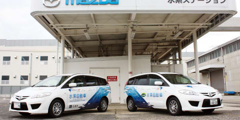 Mazda Premacy Hydrogen RE Hybrids delivered to Hiroshima