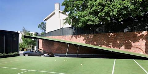 Aussie man builds underground