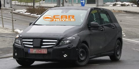 2011 Mercedes-Benz B-Class spy shots reveal more detail