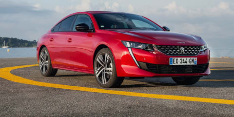 Peugeot 508 maxed on the autobahn - video