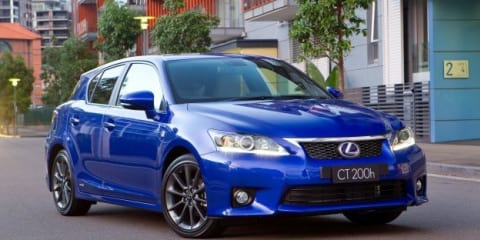 Lexus CT 300h on its way