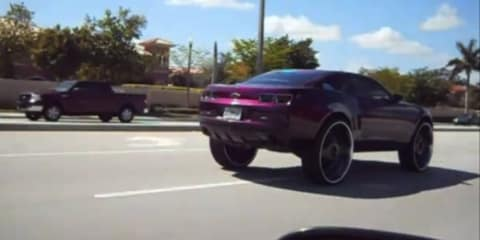 Video: Chevrolet Camaro with 30-inch wheels