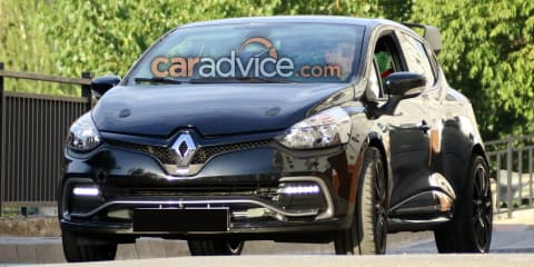 2017 Renault Clio RS 16 spied
