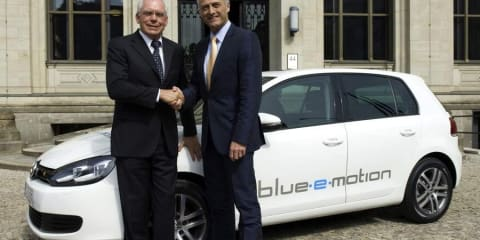 Volkswagen Golf Plug-in Electric (Blue-E-Motion)