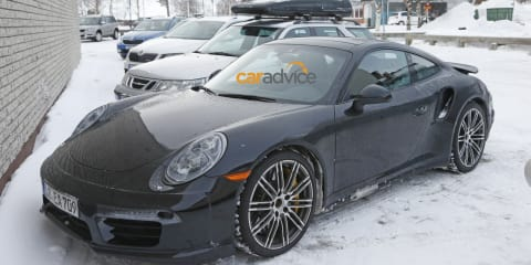 2016 Porsche 911 Turbo : Facelifted model spied inside and out