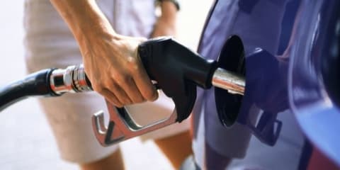 Australians encouraged to fill up before expected petrol price rise