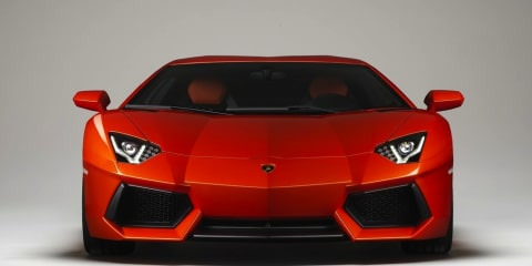 2013 Lamborghini Aventador adopts cylinder deactivation and stop-start
