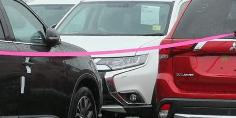 2016 Mitsubishi Outlander spotted with no camouflage