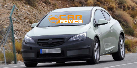 2013 Opel Astra GTC: minor facelift for compact coupe