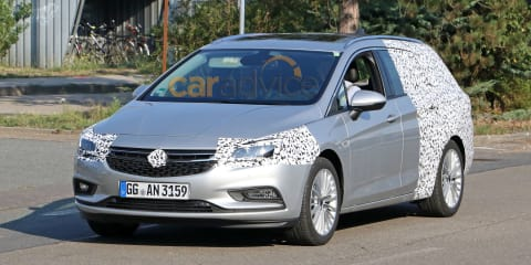 2016 Opel Astra wagon spy photos