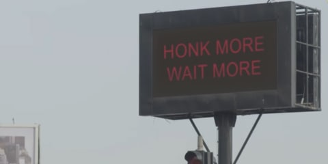 Mumbai traffic lights stay red when drivers honk