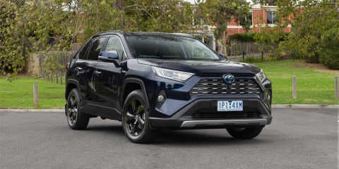 2019 Toyota RAV4 Cruiser Hybrid AWD review