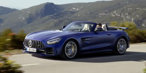 2019 Mercedes-AMG GT R Roadster revealed