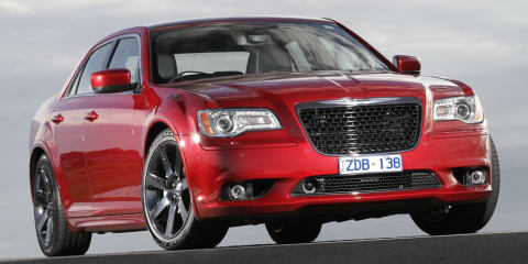2013 CHRYSLER 300 SRT8 Review