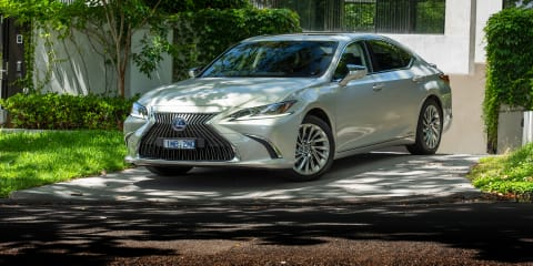 2019 Lexus ES300h Sports Luxury review