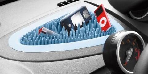In car Gadget Holder - Grass Mat