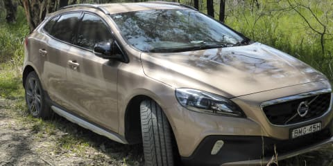 2014 Volvo V40 T5 Cross Country Review Review