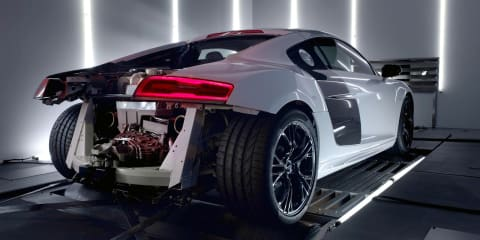 Audi R8 V10 plus: engine revealed and heard