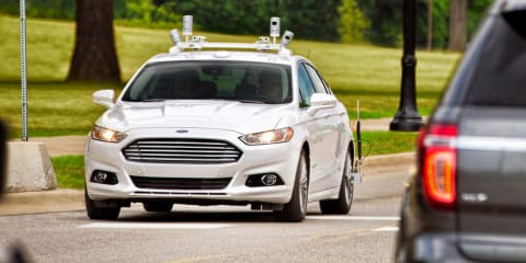 Michigan lawmakers clear road for driverless cars without human controls