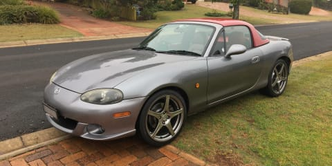 2004 Mazda MX-5 SE review