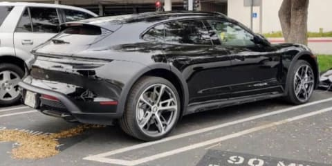 2021 Porsche Taycan Cross Turismo spied undisguised – UPDATE