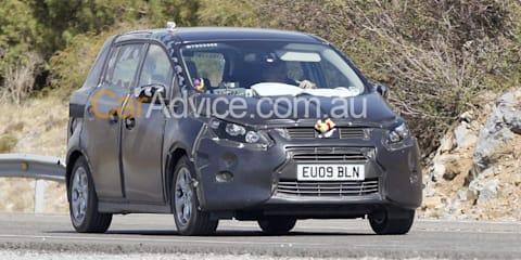 2011 Ford C-Max - Spy Pics