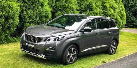 Holiday road trip in the Peugeot 5008