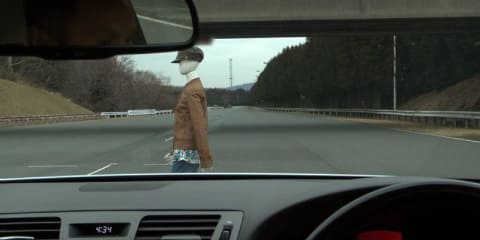 Toyota safety system steers itself to avoid crashes