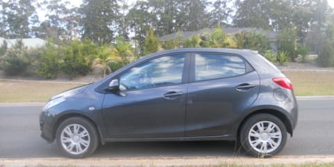 2013 Mazda 2 Neo Review