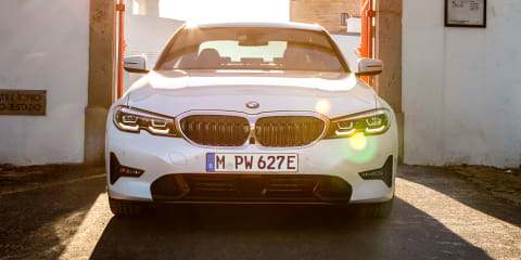 2019 BMW 330e unveiled