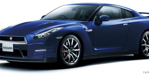 2011 Nissan GT-R detail changes on video