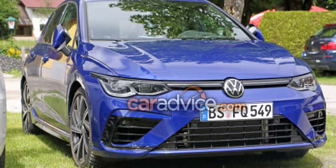 2021 Volkswagen Golf R spied almost undisguised - UPDATE