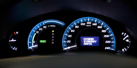 Toyota Camry Hybrid more details revealed