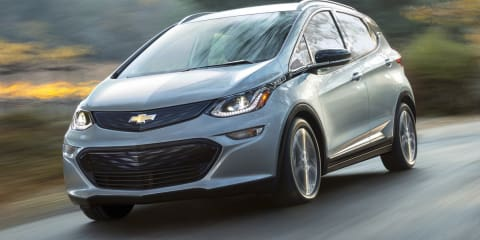 2016 Chevrolet Bolt electric hatch Revealed at CES, Detailed in Detroit - UPDATE