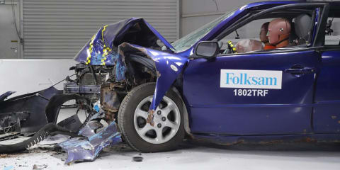 Rusty cars flunk crash tests - video