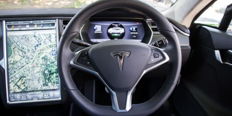 Tesla Model S update 7 to enable auto steering mode on highways