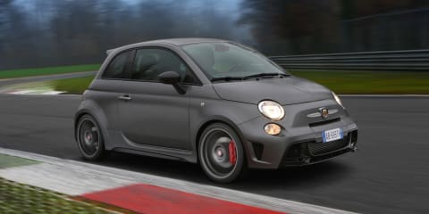 2015 Abarth 695 Biposto Review : Track test