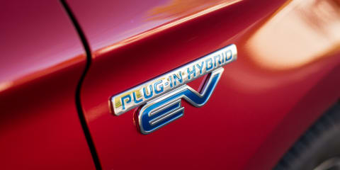 2020 Mitsubishi Outlander PHEV: 100km electric range the target